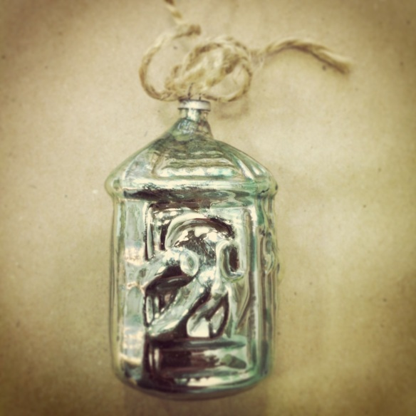 Bird lantern ornament